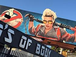 ☆サクッと【30秒動画】今日の海外ビルボード(Jul. 10, 2016)The World's billboards